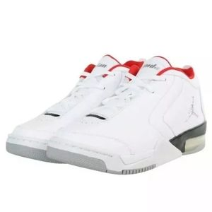 NIKE JORDAN BIG FUND (GS) WHITE/MTLC SILVER-RED [B